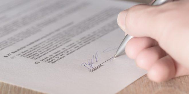 Unterschrift 660x330 - Elektronische Signatur vs. elektronisches Siegel – die Unterschiede